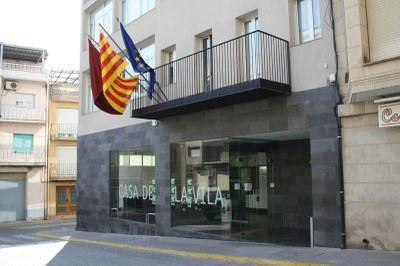 El Ple d'Alcarràs vota en contra de penjar la bandera espanyola al balcó de l'Ajuntament