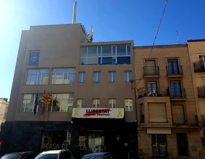 El Ple de l'Ajuntament d'Alcarràs aprova un crèdit de gairebé 700.000 euros per abonar factures pendents