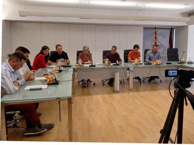 L'Ajuntament d'Alcarràs aprova una moció de suport a l'alcaldia davant la retirada de símbols aprovada per la Junta Electoral