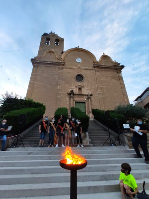 La Flama del Canigó arriba a Alcarràs